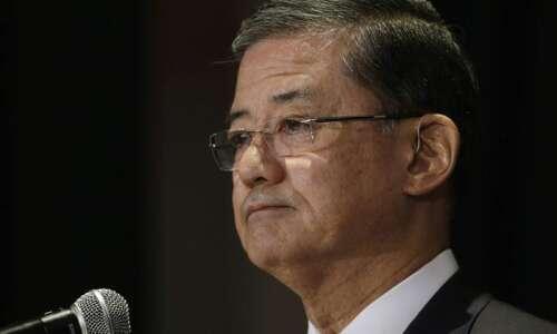 VA Secretary Eric Shinseki resigns