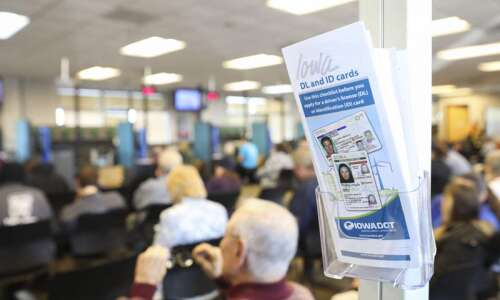 Scammers prey on driver's license extensions