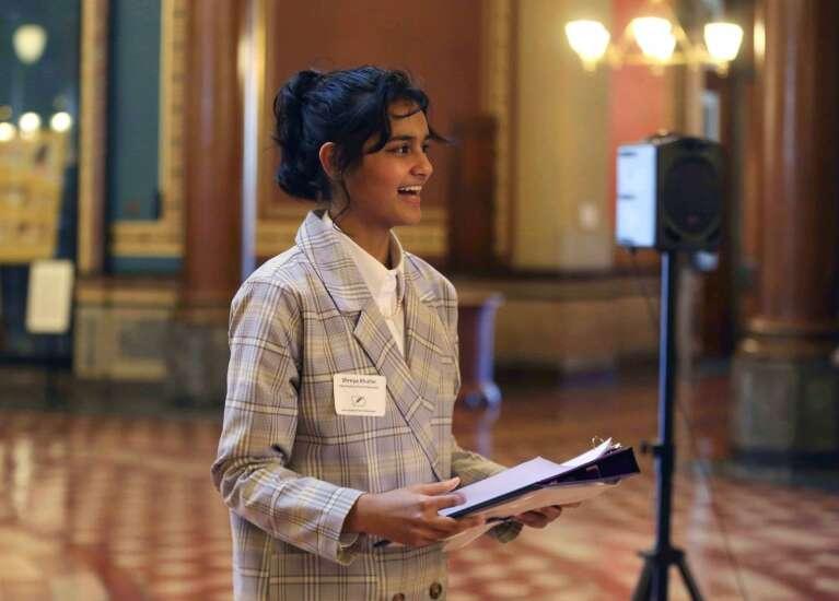 Iowa City student inaugurated as first Iowa student poet ambassador