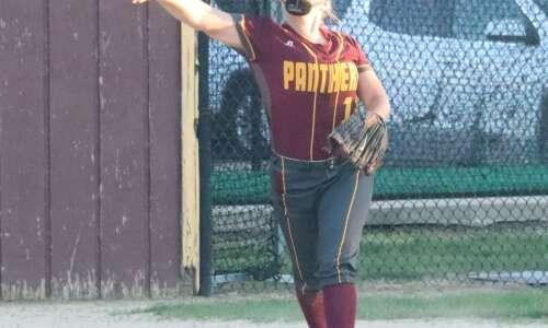 Mt. Pleasant baseball splits, softball swept in Keokuk