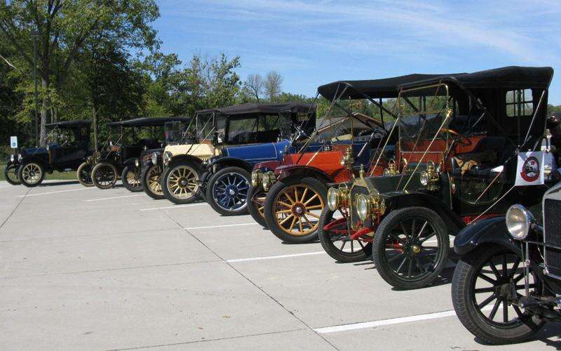 Red Flag Horseless Carriage make its historic return