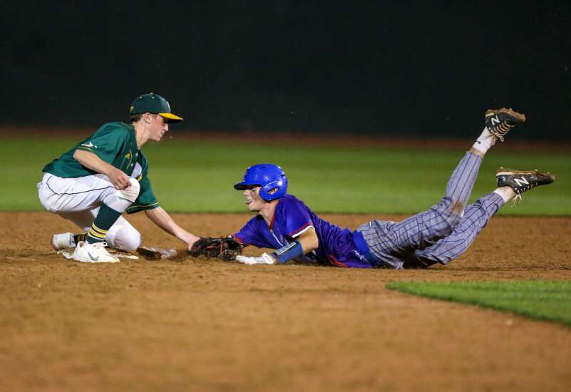 Photos: Camanche vs. Dyersville Beckman, Class 2A Iowa high school substate baseball final