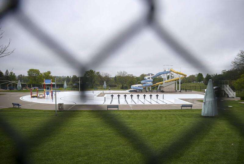 Cedar Rapids plans to reopen pools this summer