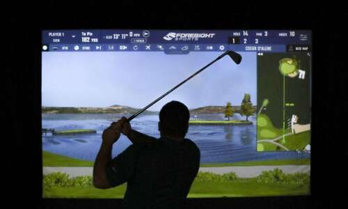 Up your golf game at indoor golf training facility Golfletics…