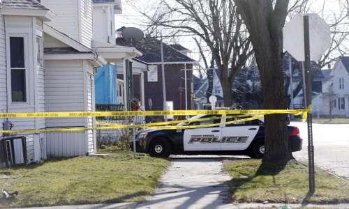 Police identify man shot to death Monday in NW Cedar…