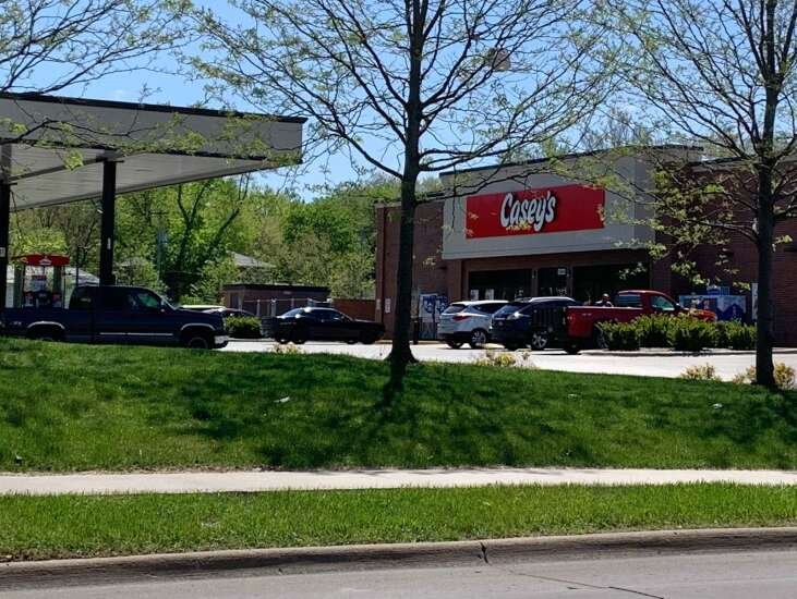 Casey's armed security at Iowa City store 'paused'