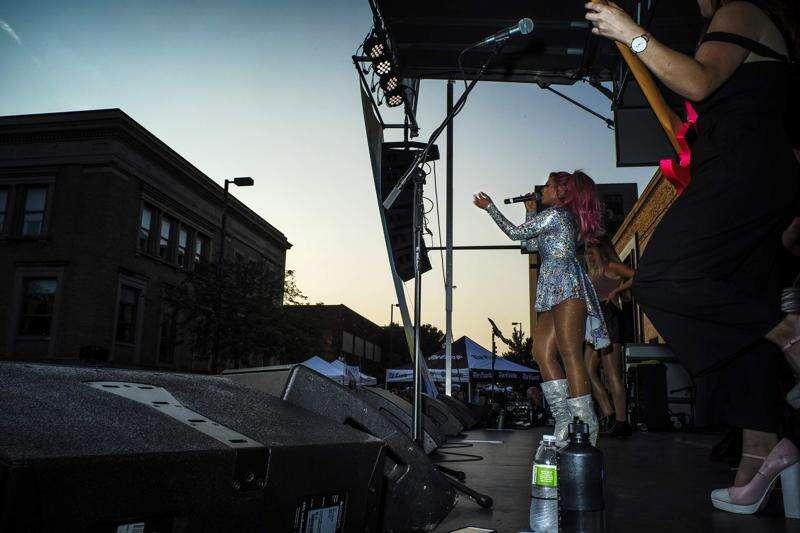 Cedar Rapids Market After Dark returns with entertainment, cup changes