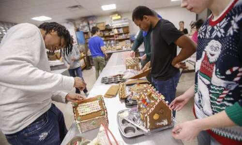 Photos: Washington High School German class continues gingerbread tradition