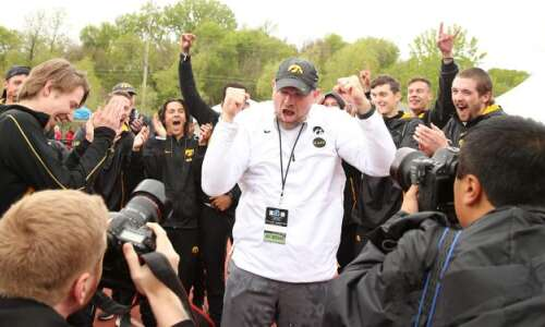 Iowa wins Big Ten men's outdoor track and field title