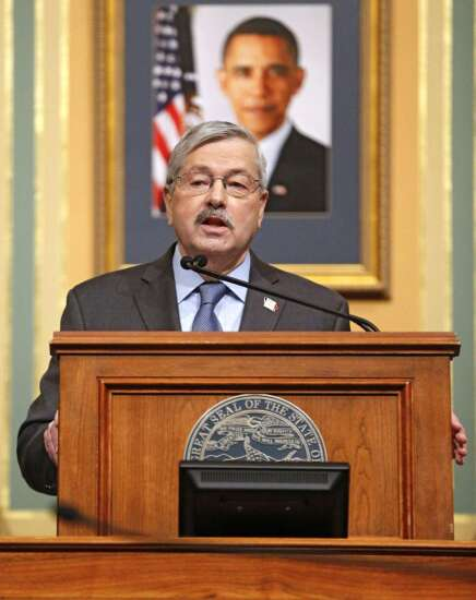 Branstad: 'no big thing' collective bargaining bill supporter present at signing