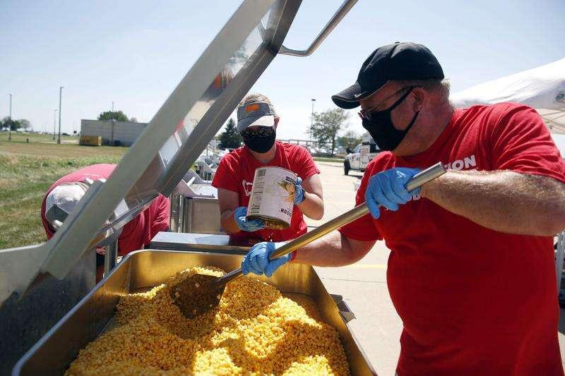 National BBQ group serves up meals after Cedar Rapids storm