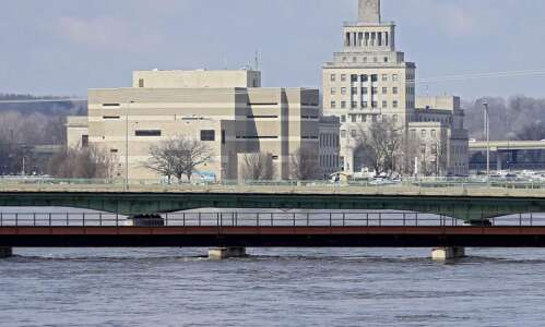 In Cedar Rapids, river level expected to recede starting Tuesday