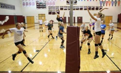Mount Vernon: One school, three very good fall teams
