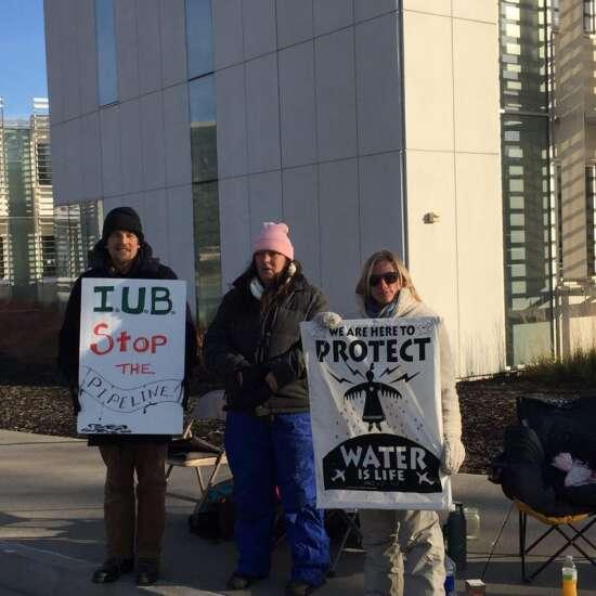 Pipeline opponents launch Iowa hunger strike