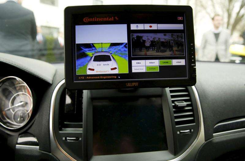University of Iowa simulator named as pilot site for driverless cars