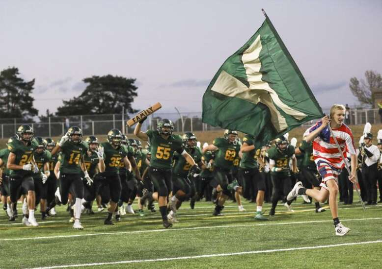 New Class 4A Iowa high school football system explained: Out with districts, in with tiers and groups