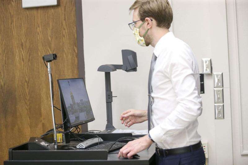 Professors and students in Iowa face virtual limits to education