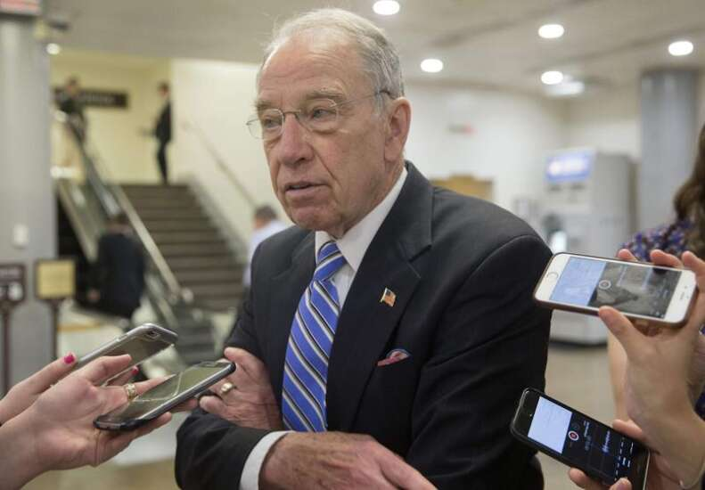 Compromise on border wall shouldn't be so hard, Grassley says