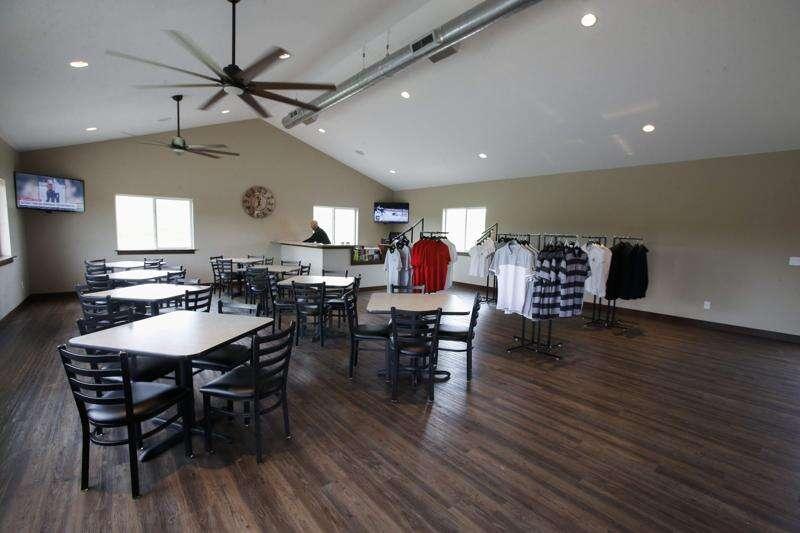 Newstrack: Amana Colonies Golf Club owner optimistic