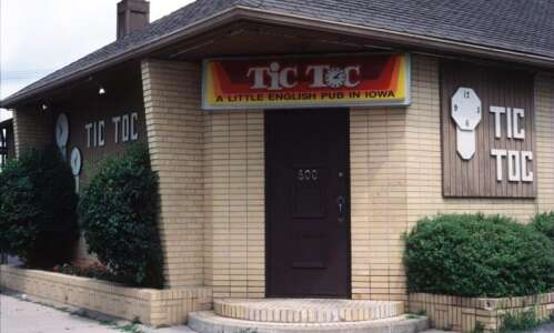 Cedar Rapids clock-themed Tic Toc restaurant reopens this month