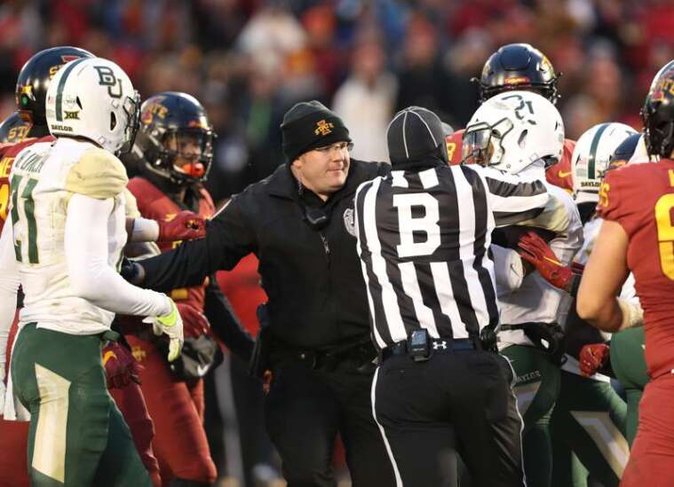 No. 22 Iowa State 28, Baylor 14: Fight overshadows Cyclones' meaningful win