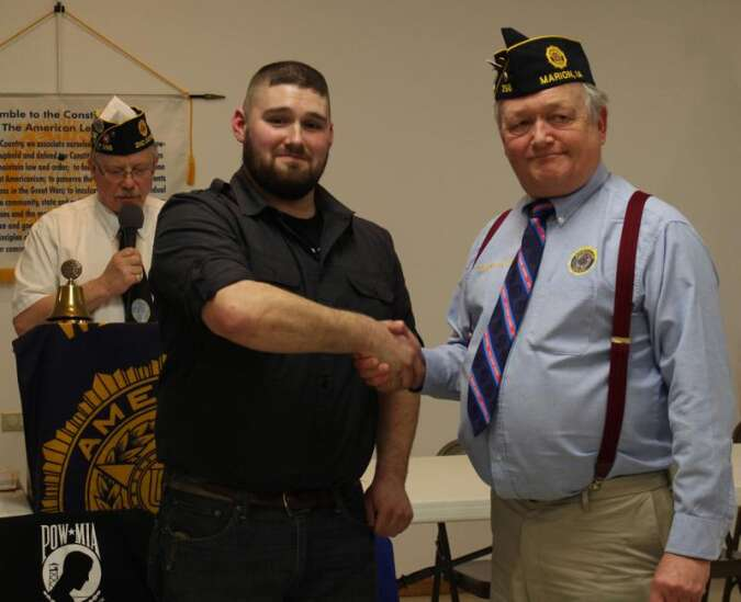 Marion American Legion honors FedEx driver who stopped flag burning in Iowa City