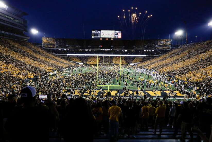 Iowa football recruits experience game they 'will never forget' with Hawkeyes' win over Penn State