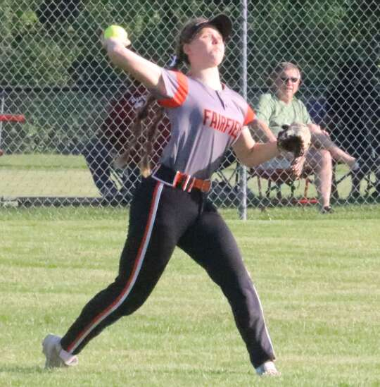 Fairfield softball swept in battle of ranked teams
