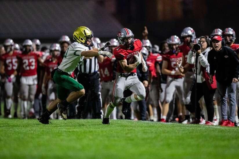 Iowa high school football scores: How the ranked teams fared in Week 5