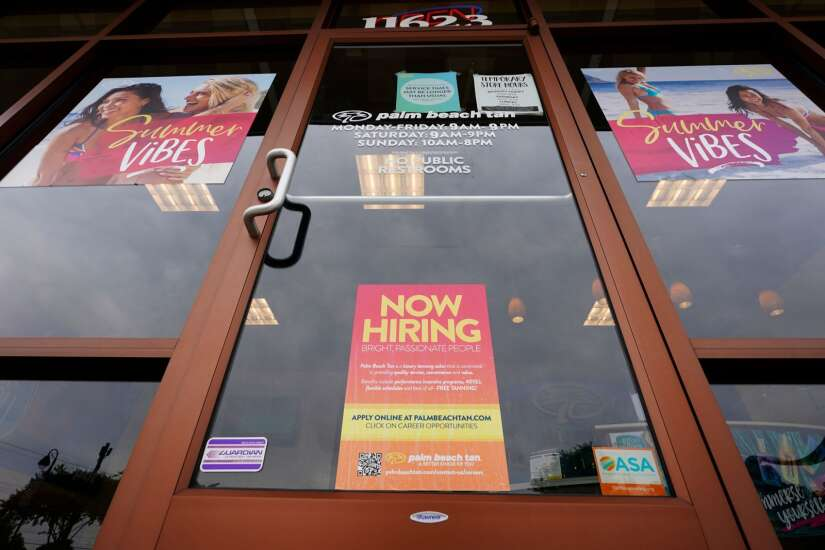U.S. jobless claims near pandemic low