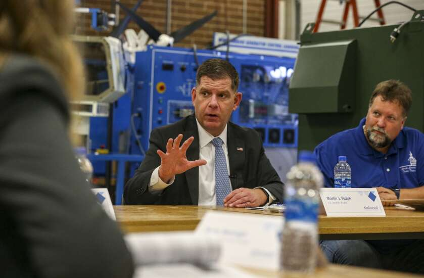Secretary of Labor praises Iowa's higher ed opportunities, touts proposals for more support