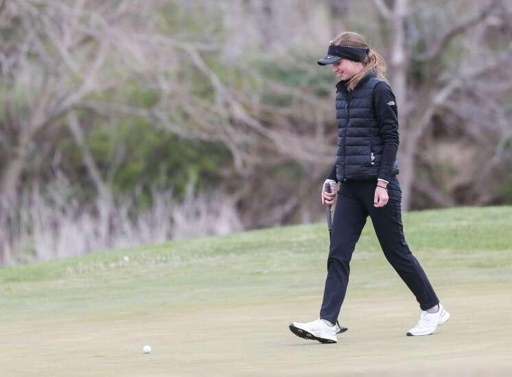 Linn-Mar's Tatum DePuydt and Liberty's Neely Maurus share CRANDIC girls' golf title