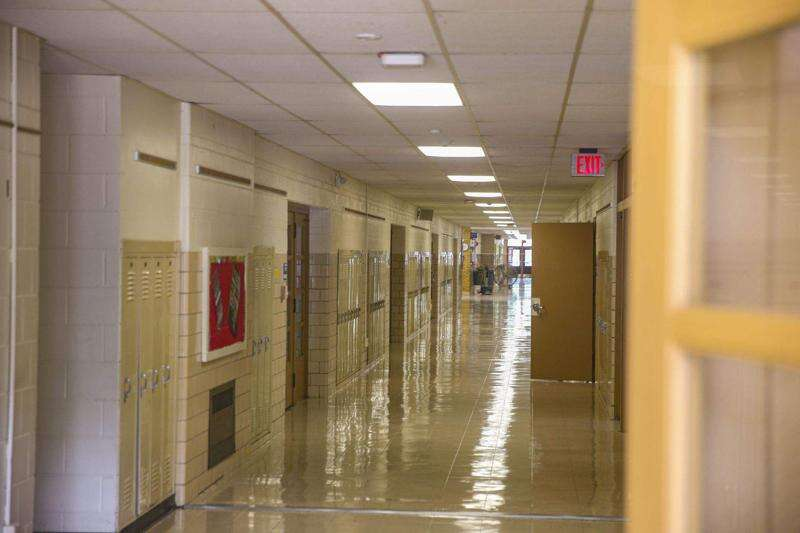 What should schools do if a student is sick? Here's what Iowa recommends