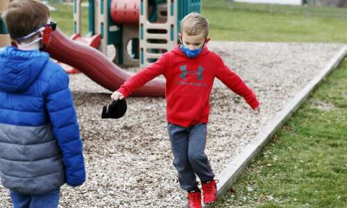 Families hunt for child care after sudden closing of Kids…