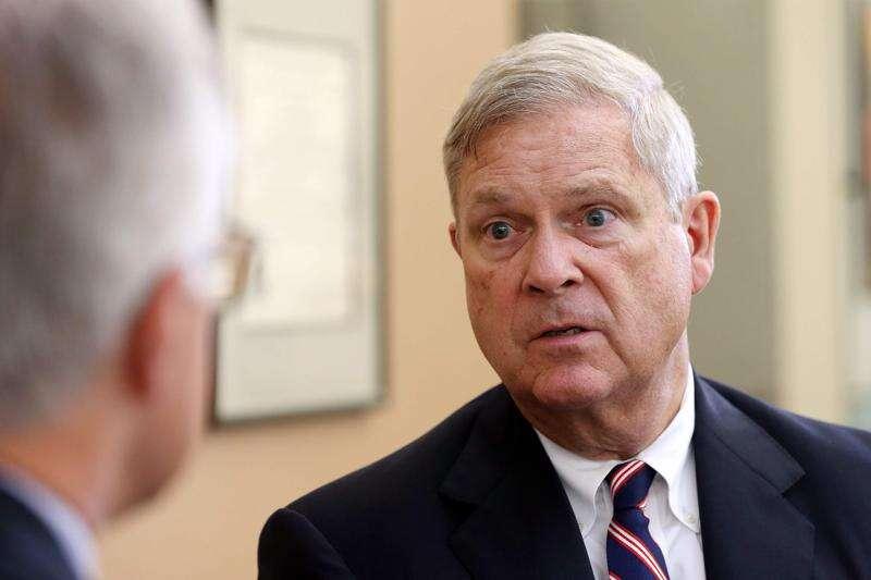 Tom Vilsack affirms Biden administration support for renewable fuels