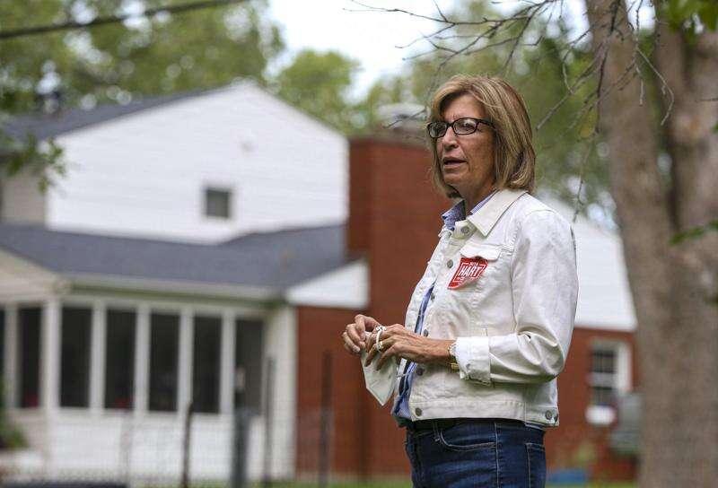 National Republicans hit Rita Hart over support of Iowa GOP bills