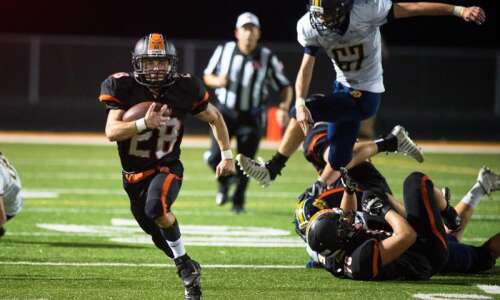 2 games, 2 shutouts for Solon football after 33-0 pasting…