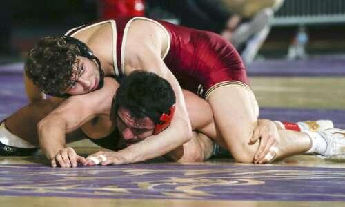 Coe freshman Riley Wright captures NCAA D-III regional wrestling title