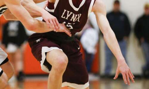 Doing North Linn things: 2nd-ranked Lynx roll past Maquoketa Valley,…