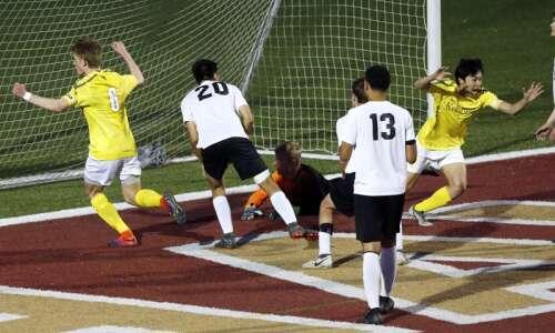 Cedar Rapids Kennedy boys' soccer wins thrilling substate semifinal, sets…