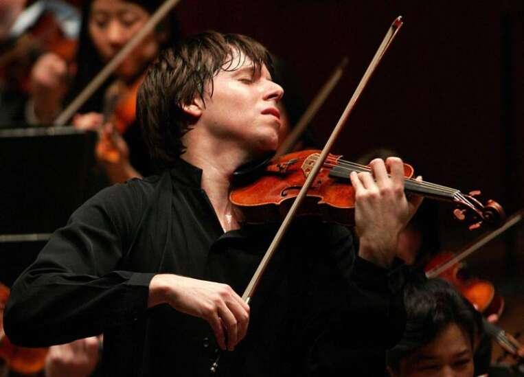 Review: Violin master Joshua Bell's artistry rings through Hancher