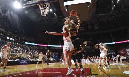 Photos: North Scott vs. Center Point-Urbana, Iowa Class 4A girls'…