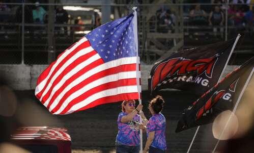 Photos: Urbana 5 Memorial Races