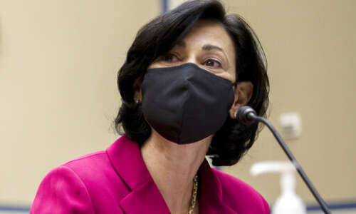 CDC: Fully vaccinated people can largely ditch masks indoors