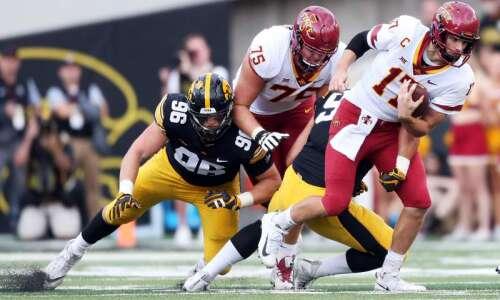 Iowa 13, Iowa State 3: Defense wins Cy-Hawks