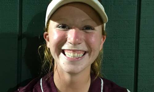 Mount Vernon softball muscles up, sweeps Marion