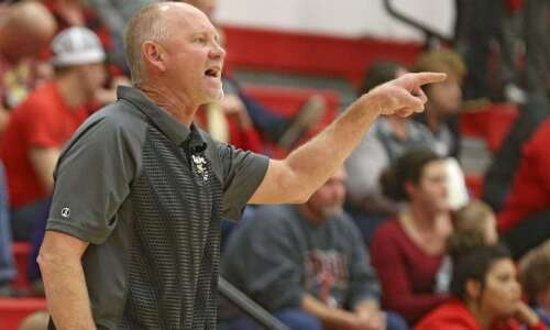 Starmont's focus in 2A regional volleyball quarterfinal: Neutralize Maquoketa Valley's…