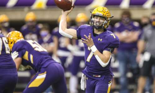 Iowa high school football preseason rankings 2021: Class 2A