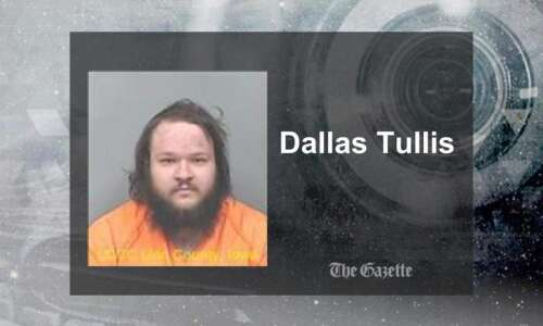Cedar Rapids man faces murder charge in apartment fire