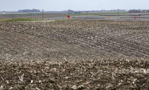 Man dies in manure tank accident on Eastern Iowa farm